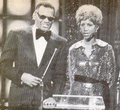 Ray Charles and Aretha Franklin Music Icon, Soul Music, Tennessee, Ted, Vintage Black Glamour, Ray Charles, Music Humor, Aretha Franklin, Hip Hop Rap