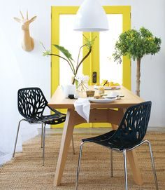 Gus* Modern   Span Dining Table in Natural Oak as found on @Karen Darling at Home  http://www.gusmodern.com/products1/dining/span-dt/span-dt.shtml