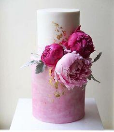 Торт свадебный открытый с сусальным золотом №46 - 600 грн/кг Без учета цветов