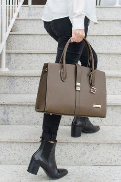 235651c08 Bolsa Sílvia - Stella Sofia #bolsa #couroecológico #chumbo #look #moda #