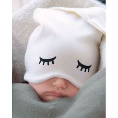 This #baby hat is perfect for when your little one needs to catch some Zs on the go! Too bad they dont make em for grown ups too. #mondays #mondayvibes #cutebaby http://ift.tt/2cqwVeO