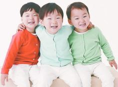 Miss you Daehan Minguk Manse. Superman Baby, Song Triplets, The Triplets, Twins, Triplet Babies, Korean Tv Shows, Song Daehan, Korean Babies, Cute Baby Pictures