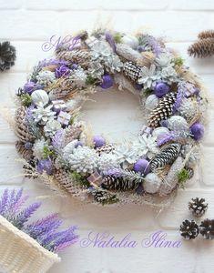 Christmas Tree Design, Purple Christmas, Christmas Colors, Rustic Christmas, Pine Cone Decorations, Handmade Christmas Decorations, Holiday Wreaths, Holiday Decor, Easter Flowers