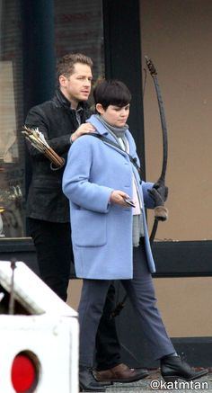 """Josh Dallas and Ginnifer Goodwin - Behind the scenes - 5 * 12 """"Souls of the Departed"""" - 4 November 2015"""