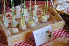 Woodland gnome sweet Table http://3gufettisulcomo.blogspot.it/2016/10/sweettable.compleanno.gnomi.nani.bosco.html