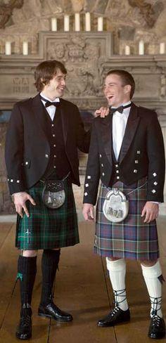 Men in kilts at weddings = awesomeness!