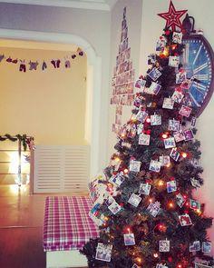 Evini renklendir, farklılaştır. :) #love #suprise #tree #new #year #yılbaşı #ağaç #yeni #yıl #happy #decoration #dekorasyon #süsleme #süs #home #ev #hediye #gift #fotoğraf #memories #photoography #picture #decoration #dekorasyon #polaroid #creative #home #tasarım #sosyopix #photo #love #cute #funny #gift #flowers