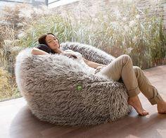 Exklusiver Designer Sitzsack FLOKATI 600 grau