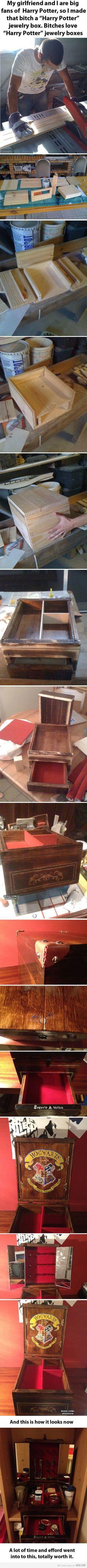 HAHAHAHA....bitches love Harry Potter jewelry boxes!