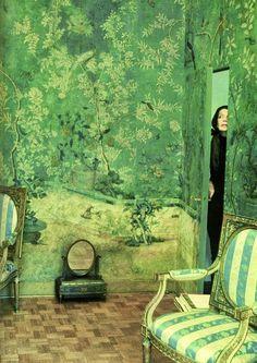 My dream Chinese wallpaper - Pauline de Rothschild's Paris Bedroom Future House, Gracie Wallpaper, Interior Inspiration, Design Inspiration, Chinese Wallpaper, Chinoiserie Wallpaper, Zuber Wallpaper, Eclectic Wallpaper, Palm Wallpaper
