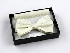 New Ivory Pattern Mens Bow Tie + Hanky Hankie Tuxedo Wedding Fashion Bowtie Set #VenettoCollection #BowTie