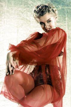 """Marilyn photographed by David Preston, 1952. """