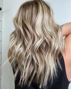 Pearl Blonde, Blonde With Pink, Blonde Hair With Highlights, Platinum Blonde, Blonde Curly Hair, Balayage Hair Blonde, Blonde Ombre, Natural Dark Blonde, Light Blonde