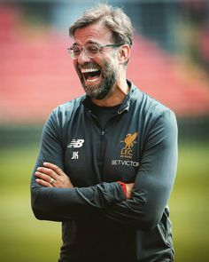 Mourinho lost again hilarious😀 Liverpool Fc, Liverpool Football Club, Liverpool Klopp, Football Match, Football Soccer, Premier League, Liverpool You'll Never Walk Alone, Dejan Lovren, Juergen Klopp