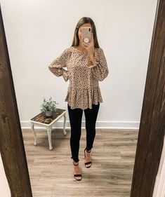 99 Fashionable Office Outfits and Work Attire for Women to Look Chic and Stylish – Lifestyle Scoops Day Date Outfits, Old Navy Outfits, Komplette Outfits, Casual Summer Outfits, Autumn Outfits, Woman Outfits, Summer Teacher Outfits, Target Outfits, Casual Church Outfits