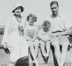 Queen Elizabeth, Princess Elizabeth (Queen Elizabeth II), Princess Margaret and King George VI.