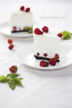 coconut and raspberry no bake cheesecake