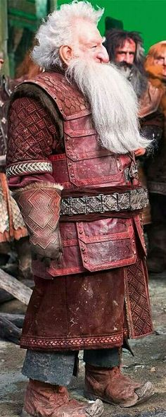 Balin in Erebor armor. I seriously don't know how they even move. He looks so stiff!
