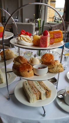 Yummy!  Feeling hungry?  York, England is famous for delicious afternoon tea, a traditional food ritual in England.  Here are my top tips for the best places for afternoon tea in York!