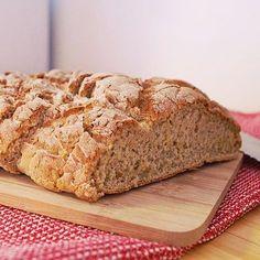 Dagens bröd; Glutenfri potatislimpa 2 limpor, 225 grader 50 g jäst 6 dl vatten 2 msk fiberhusk 2 msk olja 2 tsk salt 2 msk sirap 4…