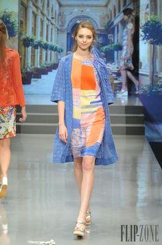 Yuki Torii Spring-summer 2015 - Ready-to-Wear - http://www.flip-zone.net/fashion/ready-to-wear/independant-designers/yuki-torii-5177