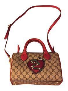 GUCCI  Kleine GG Henkeltasche Boston, Gucci Bags, Two Hands, Snake, Collage, Shoulder Bag, Luxury, Taschen, Leather