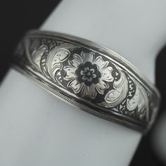 Vintage Nielo enamel solid silver bangle Russian bracelet