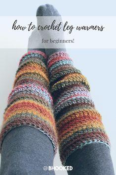 How to crochet leg warmers for beginners. Click through for the free pattern and video tutorial! kostenlose Stiefelmanschetten Beginner Crochet Leg Warmers:Video Tutorial and Free Pattern Beinlinge häkeln Guêtres Au Crochet, Bonnet Crochet, Crochet Socks Pattern, Crochet Slippers, Crochet Crafts, Knitting Patterns, Leg Warmer Knitting Pattern, Crochet Accessories Free Pattern, Boho Crochet Patterns