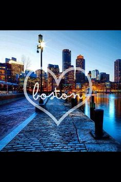 Boston <3 Love the cobbled stone streets here too. Reminds me of Italy so muchh