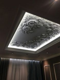 """If we think of the ceilings in our homes, so often the first thing that comes to mind is """"white, bland and boring."""" We make so much effort with the rest of our home but the ceilings get… Stylish Modern Ceiling Design Ideas Gypsum Ceiling Design, Interior Ceiling Design, House Ceiling Design, Ceiling Design Living Room, Bedroom False Ceiling Design, Home Ceiling, Bedroom Ceiling, Home Room Design, Ceiling Decor"""