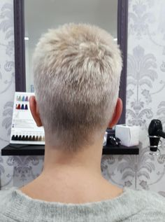 Best Picture For short grey hair messy For Your Taste You are looking for something, and it is going Really Short Hair, Super Short Hair, Short Grey Hair, Short Hair Cuts, Haircut Styles For Women, Short Haircut Styles, Hair Styles, Short Blonde Haircuts, Very Short Haircuts