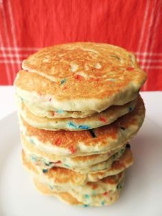 Ooooh! I can so do this for my baby! I got some of those sprinkles! Stars & Stripes Pancakes for the 4th of July