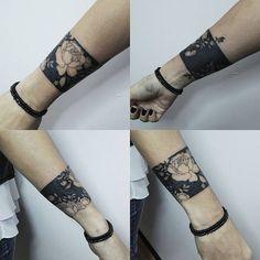 flower wrist tattoo cover up Forearm Cover Up Tattoos, Flower Cover Up Tattoos, Cover Up Tattoos For Women, Wrist Tattoo Cover Up, Black Tattoo Cover Up, Flower Wrist Tattoos, Wrist Tattoos For Women, Body Art Tattoos, Tatoos
