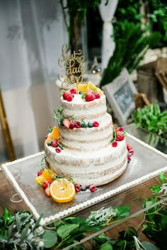 IMAGE KEYWORD: ケーキ / ARCH DAYS|理想のパーティーアイディアがきっと見つかるARCH DAYS Farm Wedding, Wedding Day, Baking And Pastry, Cute Cakes, Wedding Cakes, Groom, Table Decorations, Desserts, Celebration Cakes