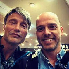 Mads with a fan, May 2017 Mads Mikkelsen, I Love Him, Pilot, Mens Sunglasses, Actors, Sexy, Instagram Posts, Danish, 1
