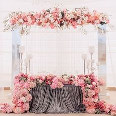 wedding table decor with pink wedding flowers