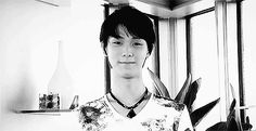 He was the happiest person I ever knew. The way he could make your day better just by laughing was something I never really mastered. When he left, the sunshine in my life went too. (Yuzuru Hanyu)