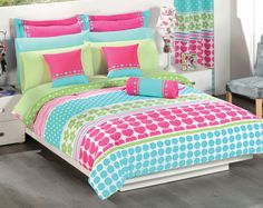 from Infantil Onda Joven Colchas Concord, Flannel Quilts, Girl Room, Bed Spreads, Bedding Sets, Comforters, Blanket, Teen Bedrooms, Bedroom Ideas