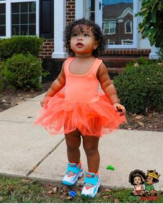 It's not easy being a princess, but if the shoe fits🤷♀️😋🥰🙌 hey princess Ava! Cute Kids Fashion, Cute Outfits For Kids, Toddler Fashion, Pretty Kids, Pretty Baby, Baby Momma, Cute Baby Girl, Cute Mixed Babies, Cute Babies