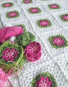 Color Inspiration :: Two shades of pink & two shades of green against white; pretty & feminine (no specific pattern) . . . . ღTrish W ~ http://www.pinterest.com/trishw/ . . . . #crochet #afghan #blanket #throw #granny_square