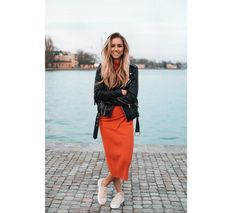 Lisa-Olsson-Orange-Set-2