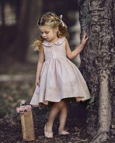 stylish little girl. Baby Girl Dresses, Baby Dress, Flower Girl Dresses, Little Girl Outfits, Cute Outfits For Kids, Baby Girl Fashion, Kids Fashion, Girl Doctor, Trendy Kids
