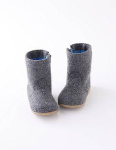 Little ones - Zoom, Winter 2011-2012 | Mælk - modemagasinet Barnet