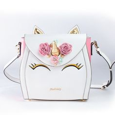 Here is something new and exciting! How about a bag version of the Unicorn Cake you have been seeing everywhere! This Unicorn Bag is a multi-wearable bag with a tote option, backpack and cross-body Unicorn Gifts, Cute Unicorn, Cute Purses, Purses And Bags, Fashion Bags, Fashion Accessories, Unicorn Fashion, Unicorns And Mermaids, Cute Backpacks