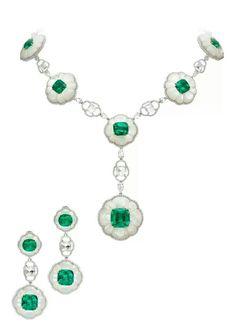 18k white gold, inlaid mother-of-pearl, emerald & diamond demi-parure