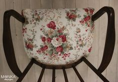 Bouquet Armchairs, Saddle Bags, Bouquet, Wing Chairs, Couches, Bouquet Of Flowers, Armchair, Bouquets, Floral Arrangements