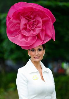 The Craziest Hats & Fascinators From Royal Ascot - The Cut