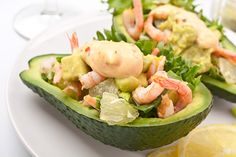 Ripe avocado and shrimp make a great refreshing summer salad. In France, shrimp avocado salad recipe are sometimes served with an American cocktail sauce. This shrimp avocado salad can be served as a meal starter or for a light lunch (although in. Shrimp Avocado Salad, Avocado Salad Recipes, Avocado Salat, Ripe Avocado, Avocado Food, Shrimp Recipes, Diet Recipes, Cooking Recipes, Healthy Recipes