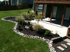 Coming across rock landscaping ideas backyard can be a bit hard but designing a rock garden is one of the most fun and creative forms of Mulch Landscaping, Landscaping With Rocks, Front Yard Landscaping, Backyard Patio, Landscaping Ideas, Garden Edging, Lawn And Garden, Garden Bar, Garden Planters