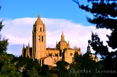 Catedral de Segovia vista desde el Paseo del Eresma